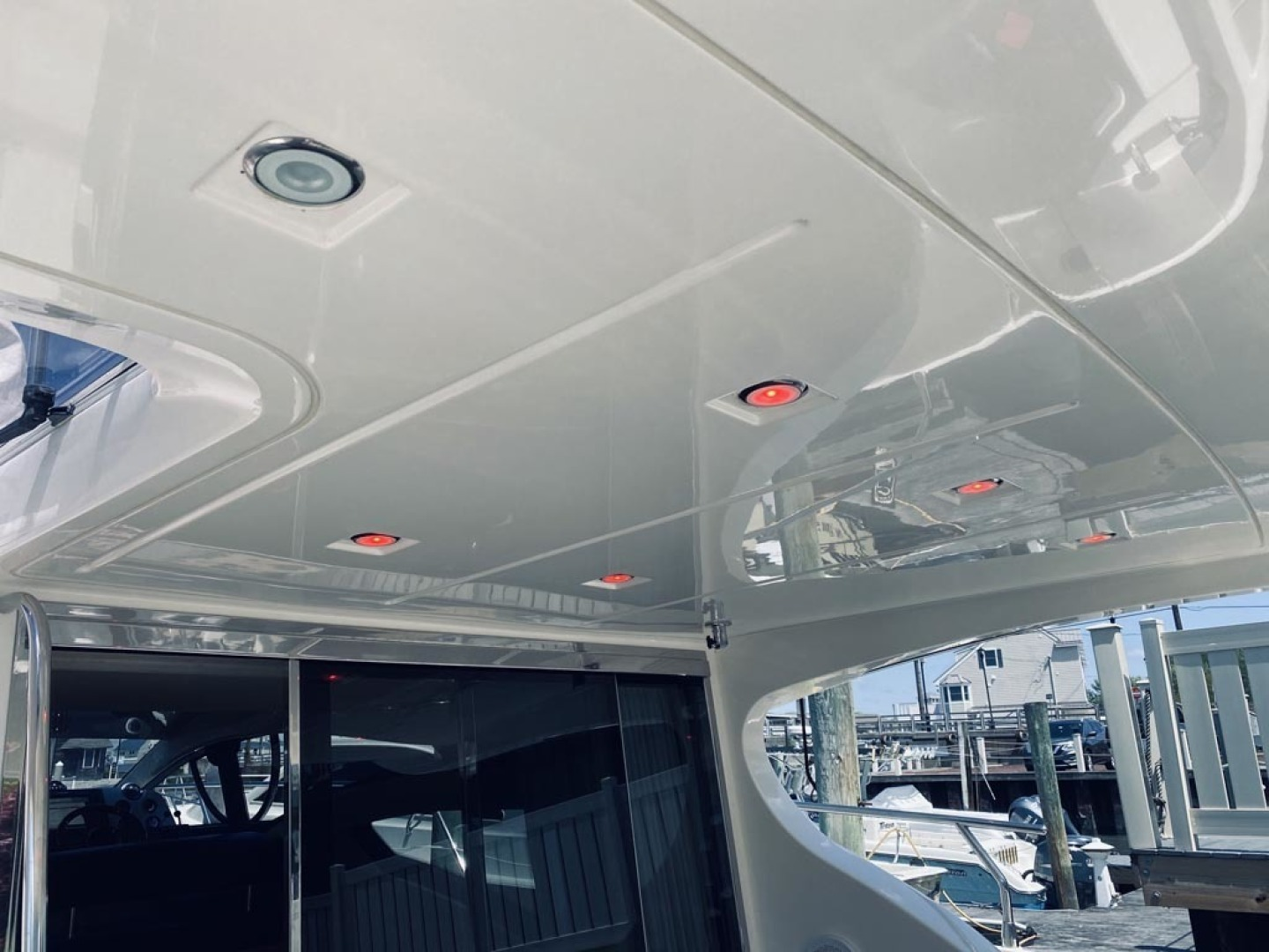 Azimut-43 Flybridge 2007-Wired Up Cape May-New Jersey-United States-Recessed Lighting  Flybridge Overhang-1402881 | Thumbnail