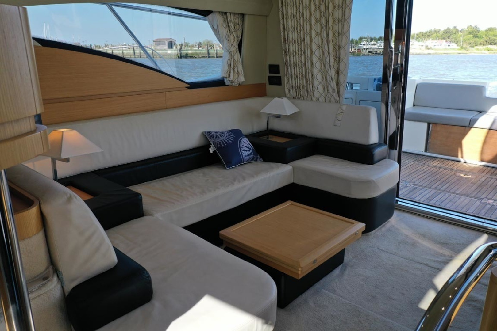 Azimut-43 Flybridge 2007-Wired Up Cape May-New Jersey-United States-Salon to Starboard Aft-1402869 | Thumbnail