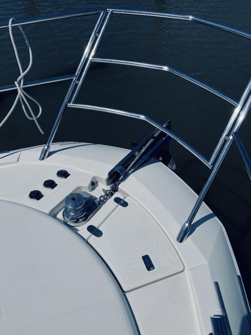 Azimut-43 Flybridge 2007-Wired Up Cape May-New Jersey-United States-Bow, Windlass-1457066 | Thumbnail