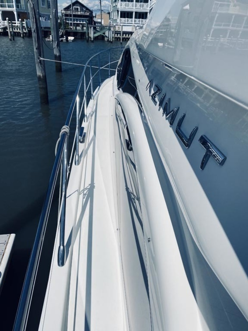 Azimut-43 Flybridge 2007-Wired Up Cape May-New Jersey-United States-Port Side Deck   Forward-1457069 | Thumbnail