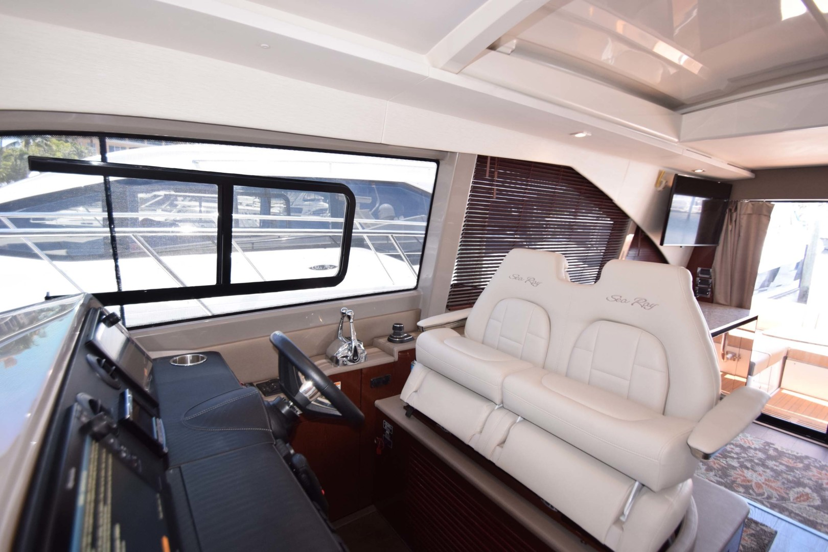 Sea Ray-460 Sundancer 2017-Susanne Marie 4 Fort Myers-Florida-United States-Helm Seating Overview-1403747 | Thumbnail