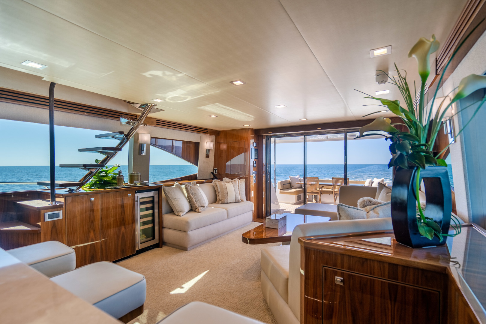 Viking-Motor Yacht 2018-LULU North Palm Beach-Florida-United States-Salon-1405685 | Thumbnail