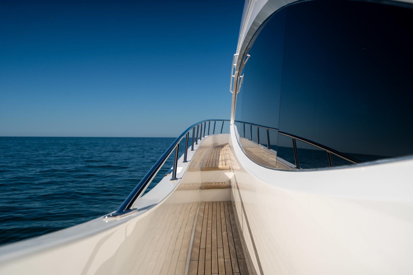 Viking-Motor Yacht 2018-LULU North Palm Beach-Florida-United States-Walkaround-1405962 | Thumbnail