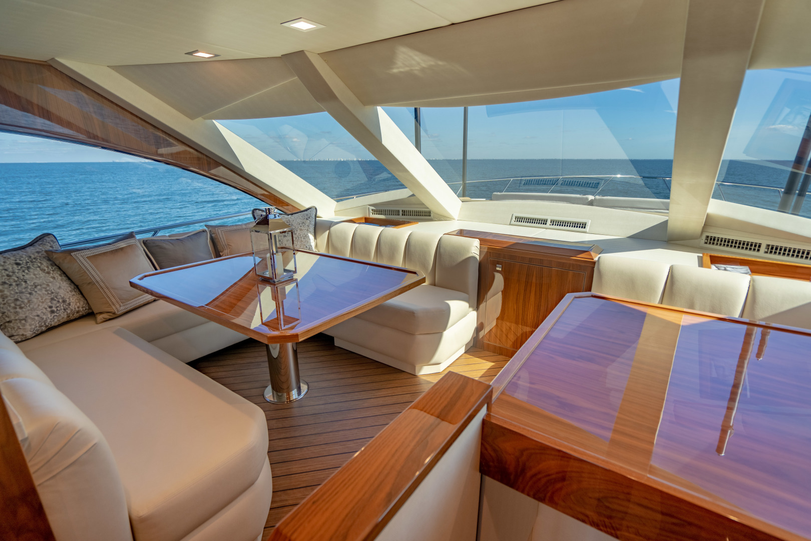 Viking-Motor Yacht 2018-LULU North Palm Beach-Florida-United States-Dinette-1405695 | Thumbnail