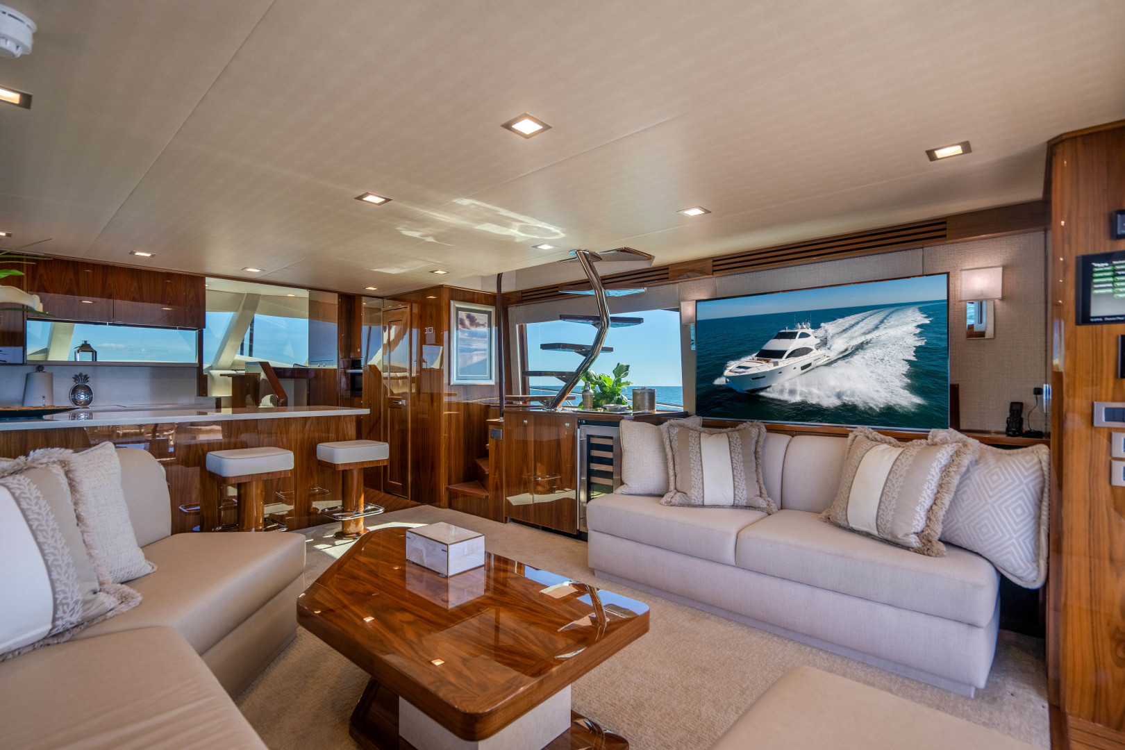 Viking-Motor Yacht 2018-LULU North Palm Beach-Florida-United States-Salon-1405687 | Thumbnail