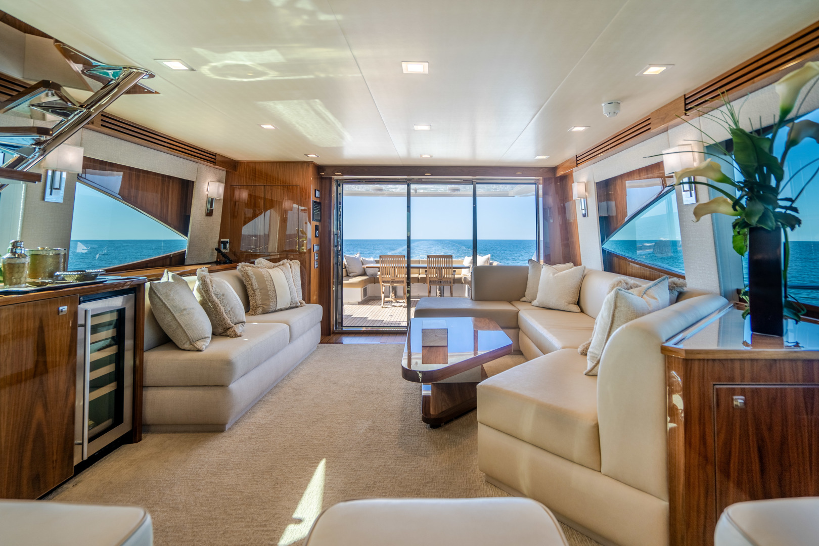 Viking-Motor Yacht 2018-LULU North Palm Beach-Florida-United States-Salon-1405684 | Thumbnail