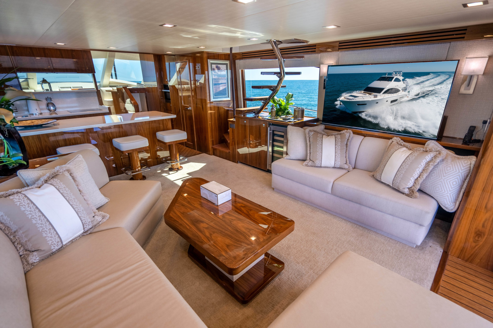 Viking-Motor Yacht 2018-LULU North Palm Beach-Florida-United States-Salon-1405689 | Thumbnail