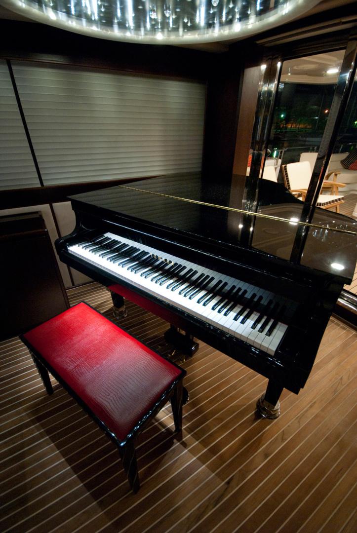 MCP-Europa 100 2010-RED PEARL Ijmuiden-Netherlands-Skylounge Piano-1411774   Thumbnail