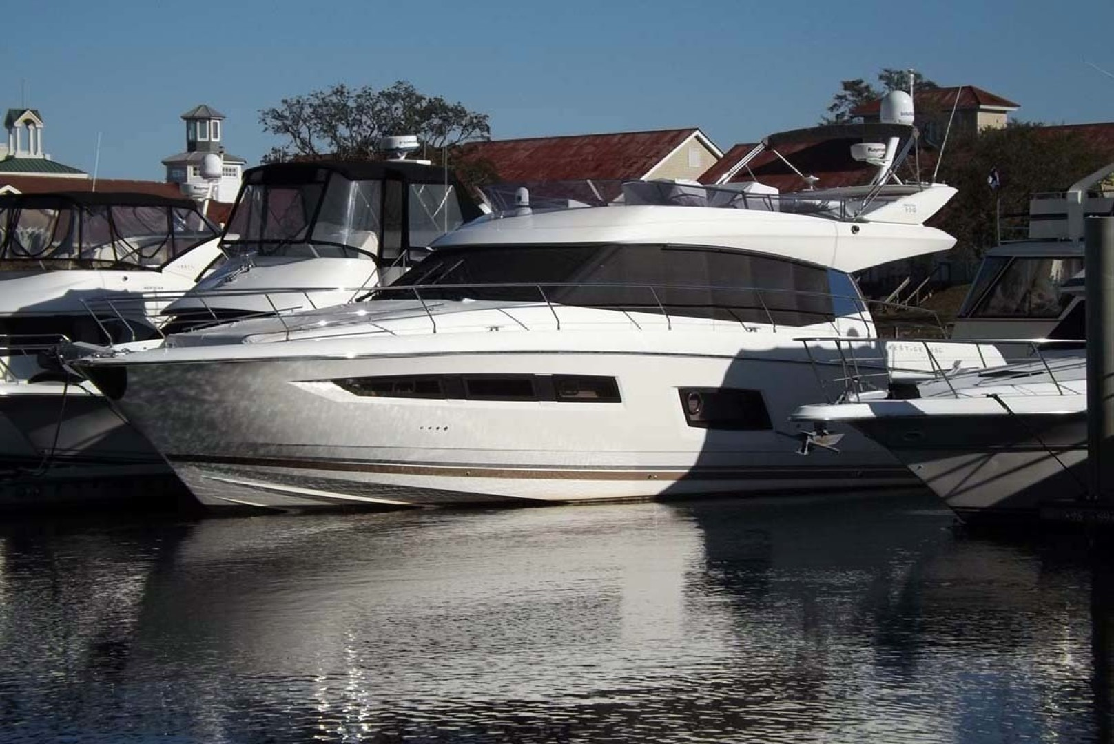 Prestige-550 2014-Last Run Mount Pleasant-South Carolina-United States-Port Bow View-1411867 | Thumbnail