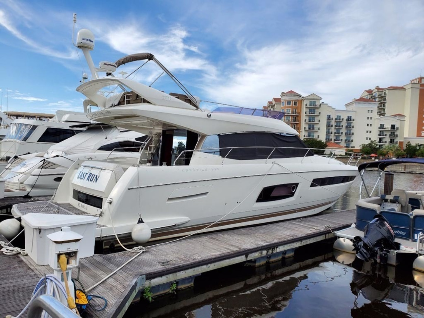 Prestige-550 2014-Last Run Mount Pleasant-South Carolina-United States-Starboard Aft View-1417403 | Thumbnail