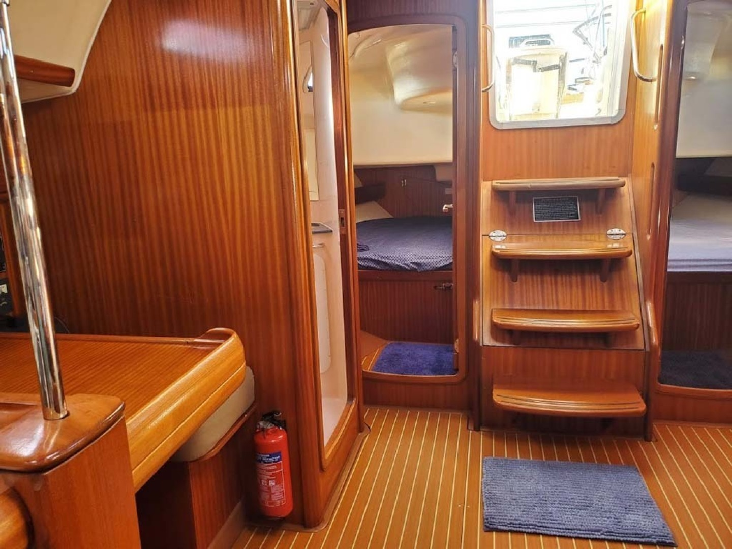 Bavaria-49 2003-BLUE CLOUD LADY Jacksonville-Florida-United States-Salon Looking Aft And Cabin Entry-1412435 | Thumbnail