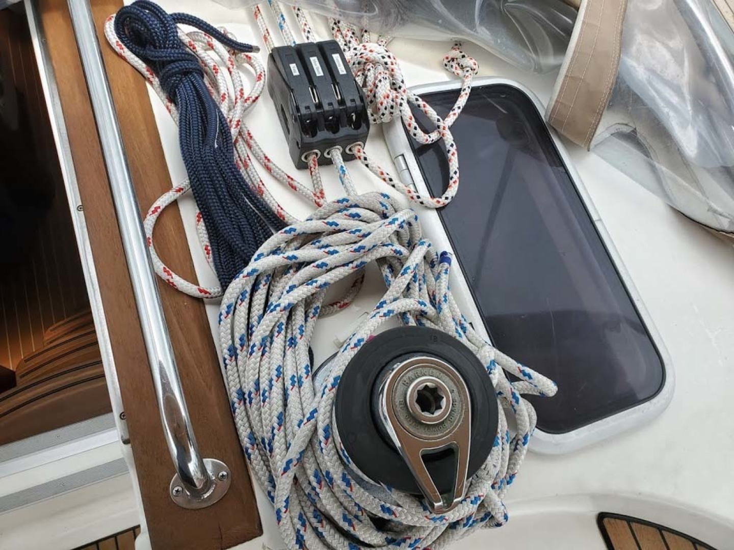 Bavaria-49 2003-BLUE CLOUD LADY Jacksonville-Florida-United States-Labeled Mainsail Control Lines-1412455 | Thumbnail