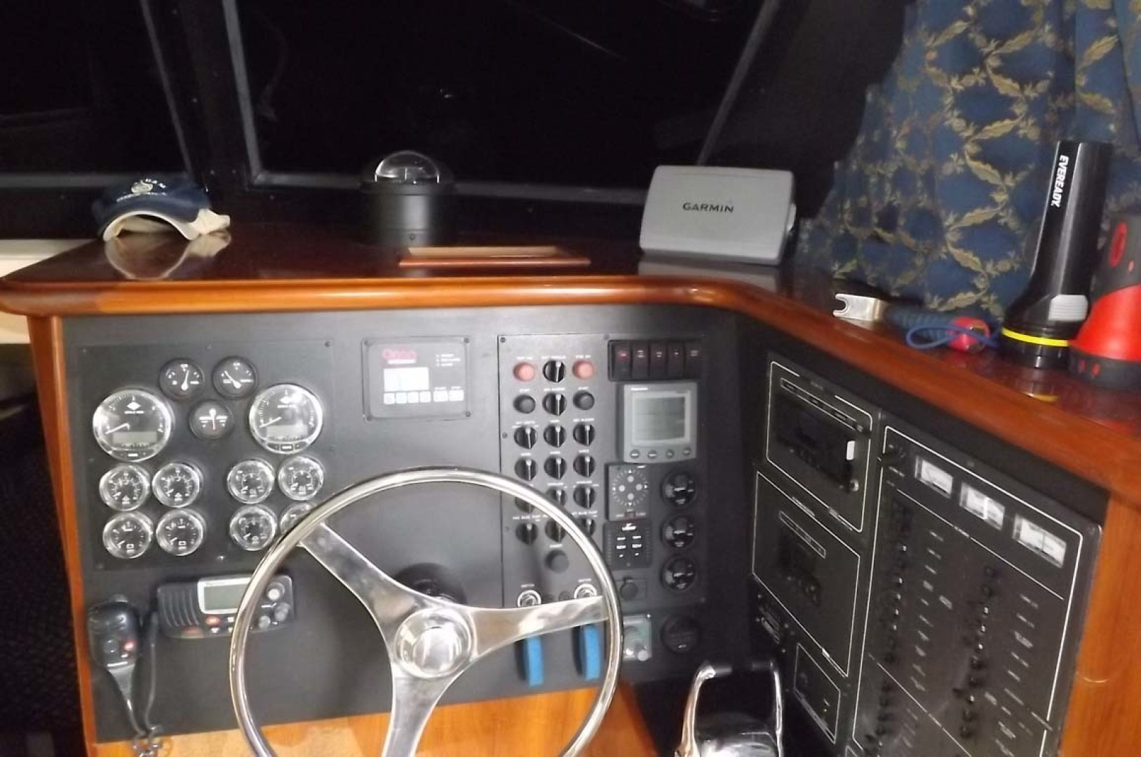 Bluewater Yachts-5200 2006 -Mount Pleasant-South Carolina-United States-Lower Helm-1412925 | Thumbnail
