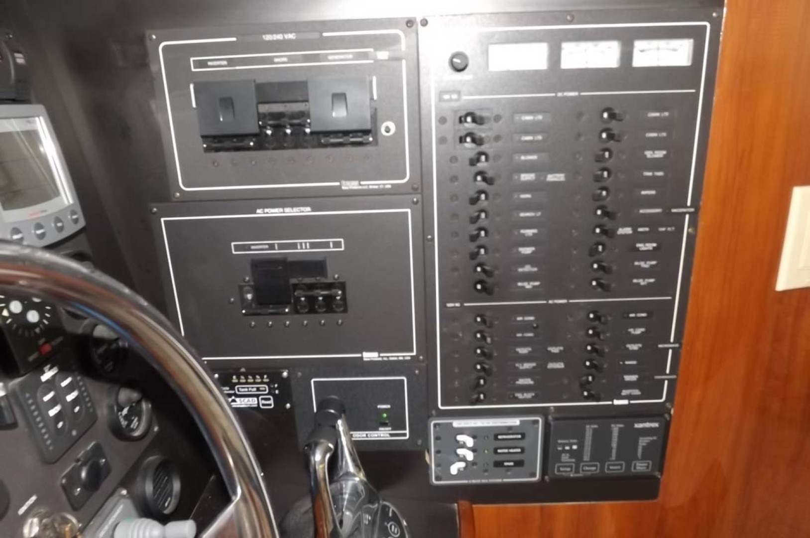 Bluewater Yachts-5200 2006 -Mount Pleasant-South Carolina-United States-Electrical Panel-1412926 | Thumbnail