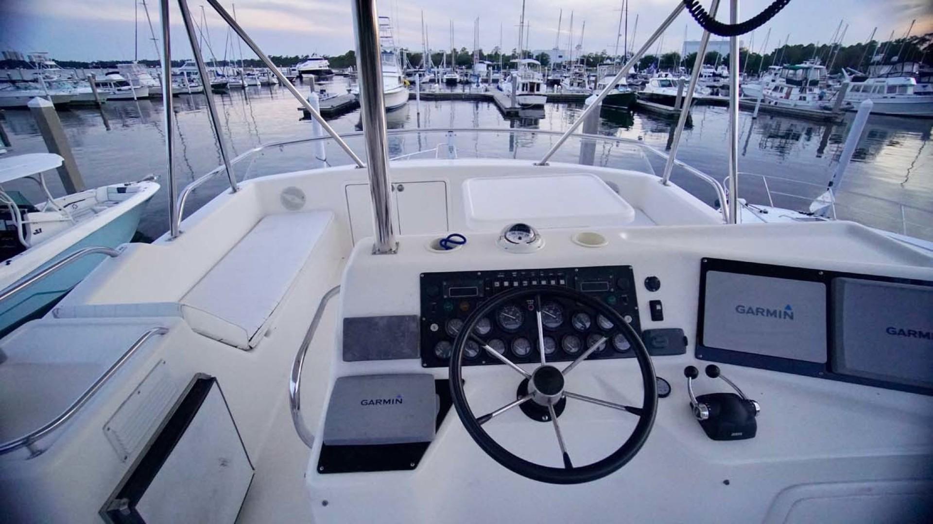 Riviera-43 Flybridge 2001-Sawbones Orange Beach-Alabama-United States-Helm-1413457   Thumbnail
