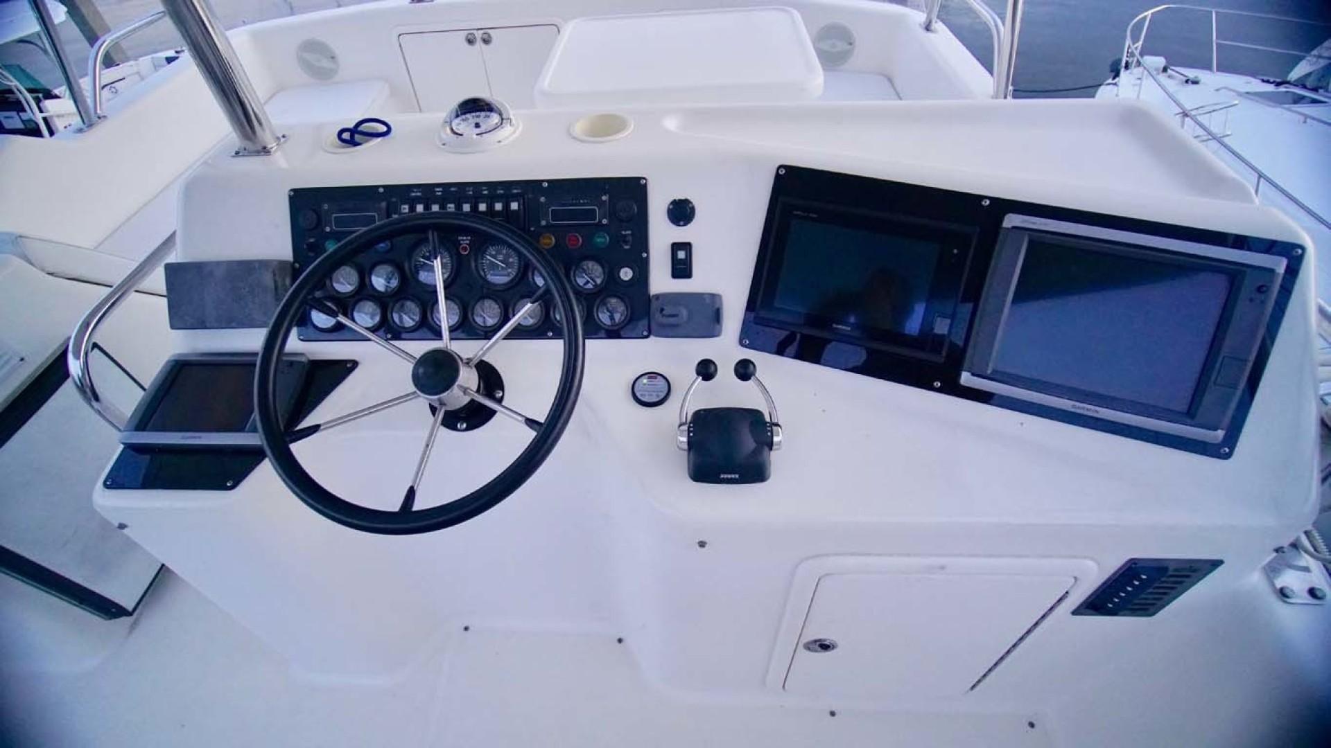 Riviera-43 Flybridge 2001-Sawbones Orange Beach-Alabama-United States-Helm Station-1413459   Thumbnail
