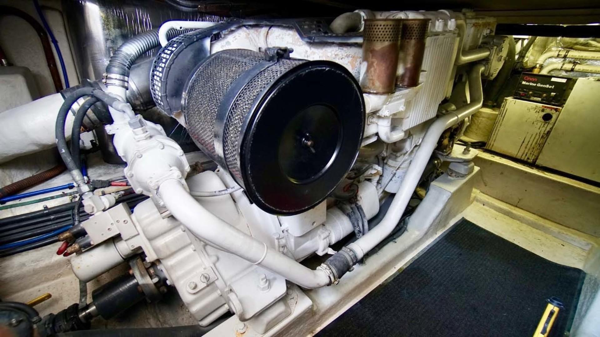 Riviera-43 Flybridge 2001-Sawbones Orange Beach-Alabama-United States-Engine-1413466   Thumbnail