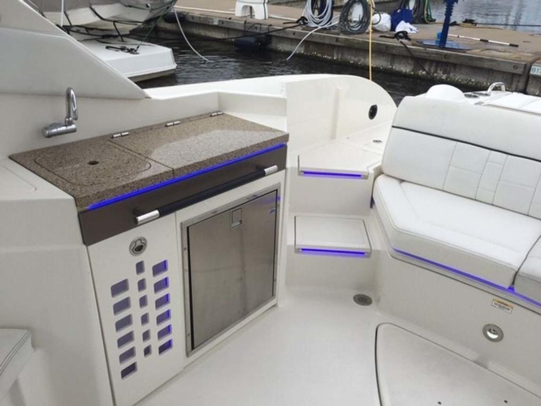 Sea Ray-350 SLX 2015 -Mount Pleasant-South Carolina-United States-Cockpit Wet Bar Entertainment Center-1414804   Thumbnail