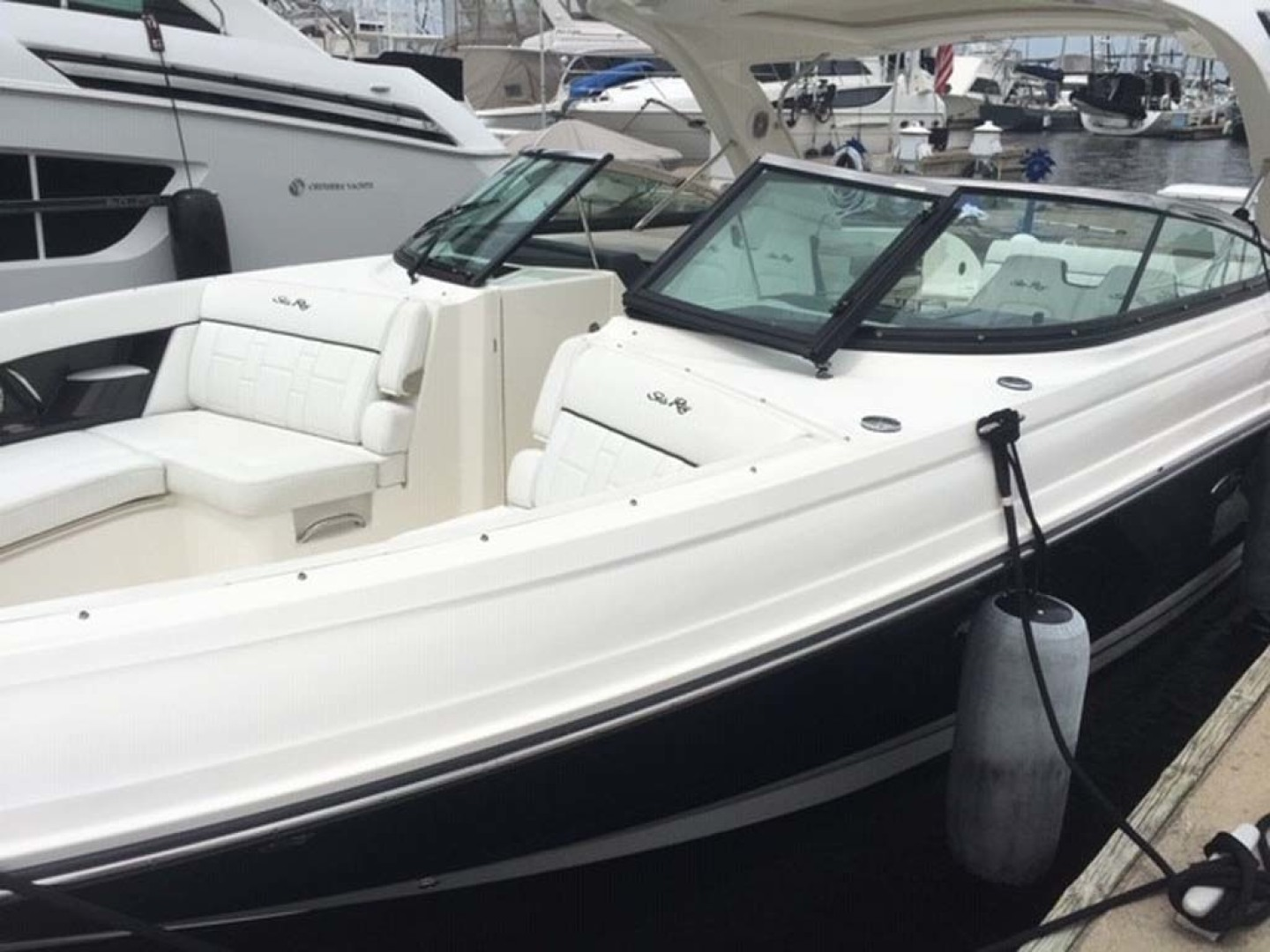 Sea Ray-350 SLX 2015 -Mount Pleasant-South Carolina-United States-Port Side Foredeck View-1414771 | Thumbnail