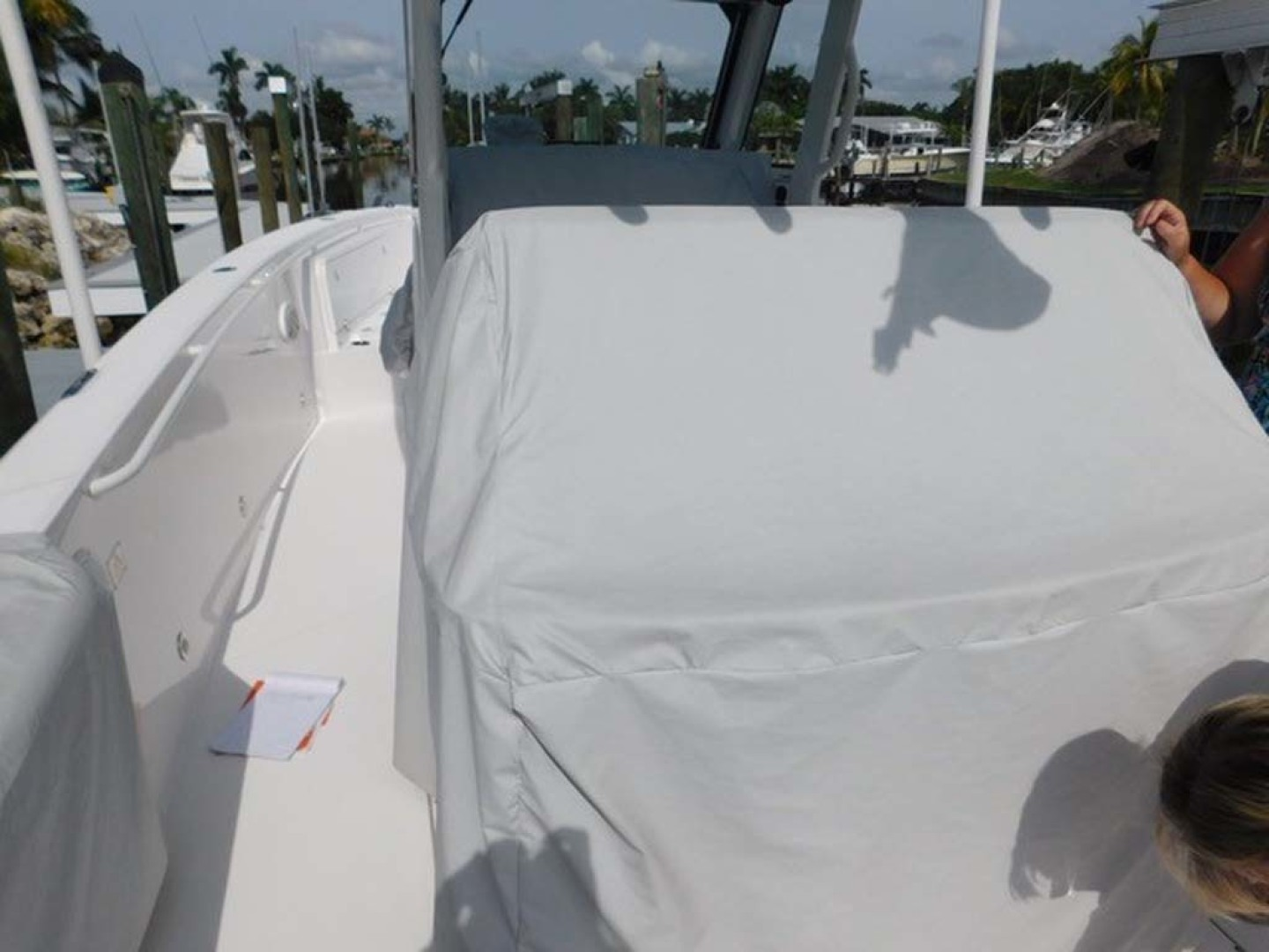 Everglades-325 CC 2012-Island Time Stuart-Florida-United States-Forward Seating Cover-1414812 | Thumbnail