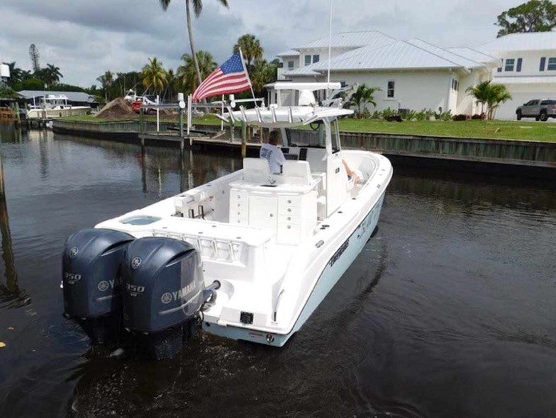 Everglades-325 CC 2012-Island Time Stuart-Florida-United States-Stern-1414829 | Thumbnail