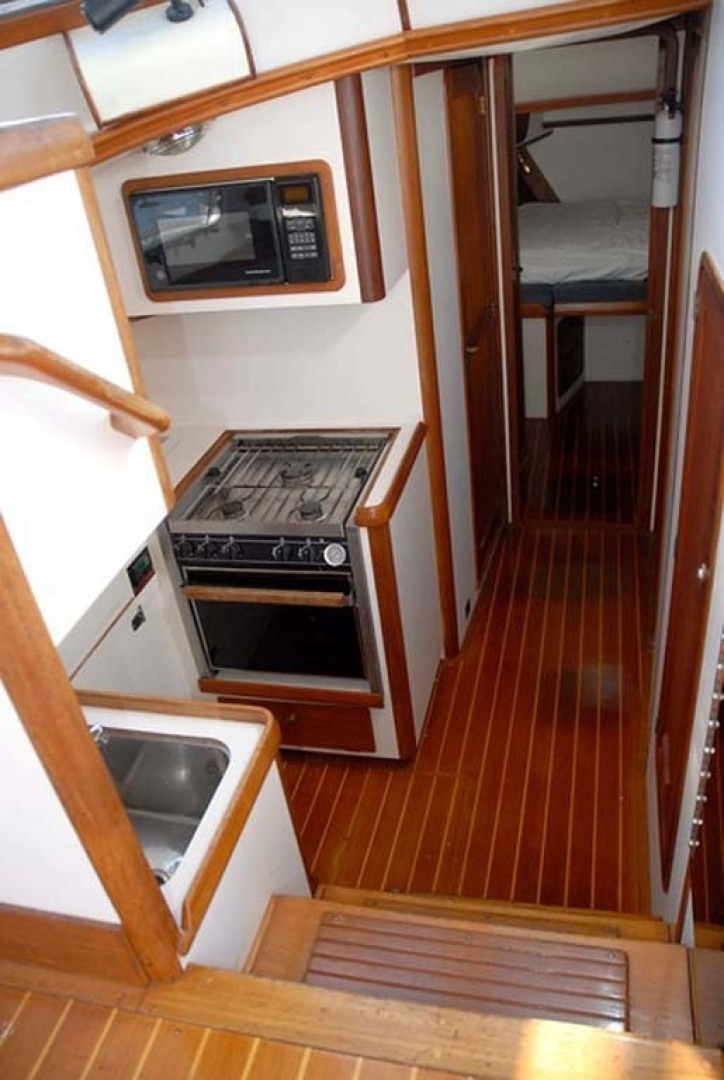 Legacy Yachts-40 1996-Coquina Mount Pleasant-South Carolina-United States-Companionway To Galley, Accommodations-1415214 | Thumbnail