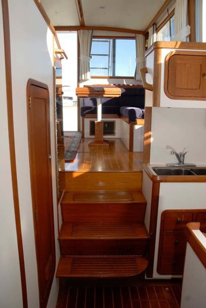 Legacy Yachts-40 1996-Coquina Mount Pleasant-South Carolina-United States-Steps Down To Galley-1415209 | Thumbnail