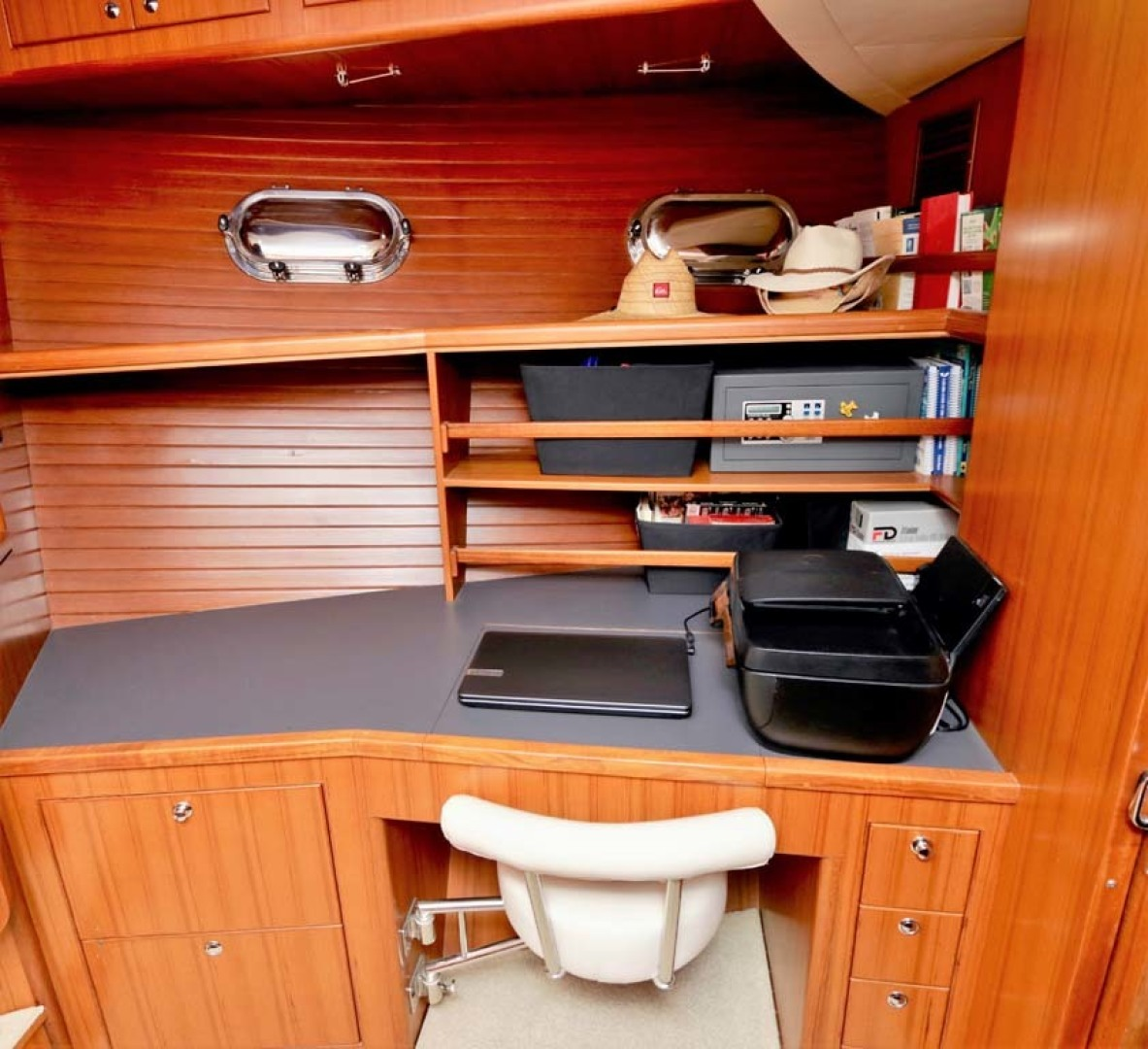 Nordhavn-47 2005-Fusion North Palm Beach-Florida-United States-Guest Stateroom Office-1424015 | Thumbnail