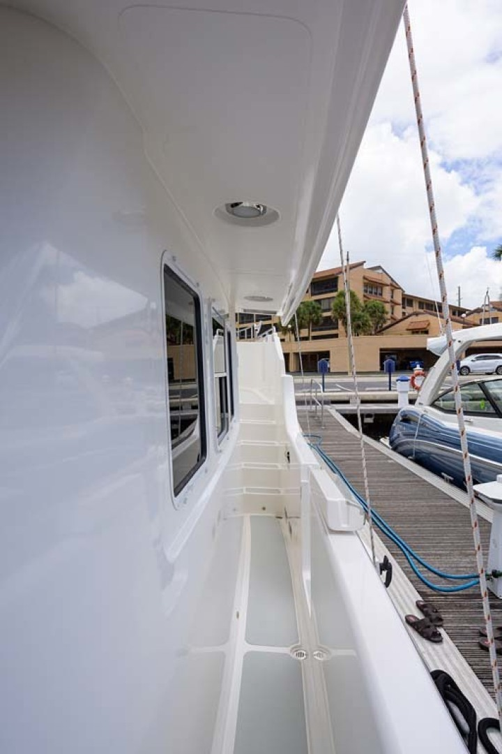 Nordhavn-47 2005-Fusion North Palm Beach-Florida-United States-Starboard Side Deck-1424026 | Thumbnail