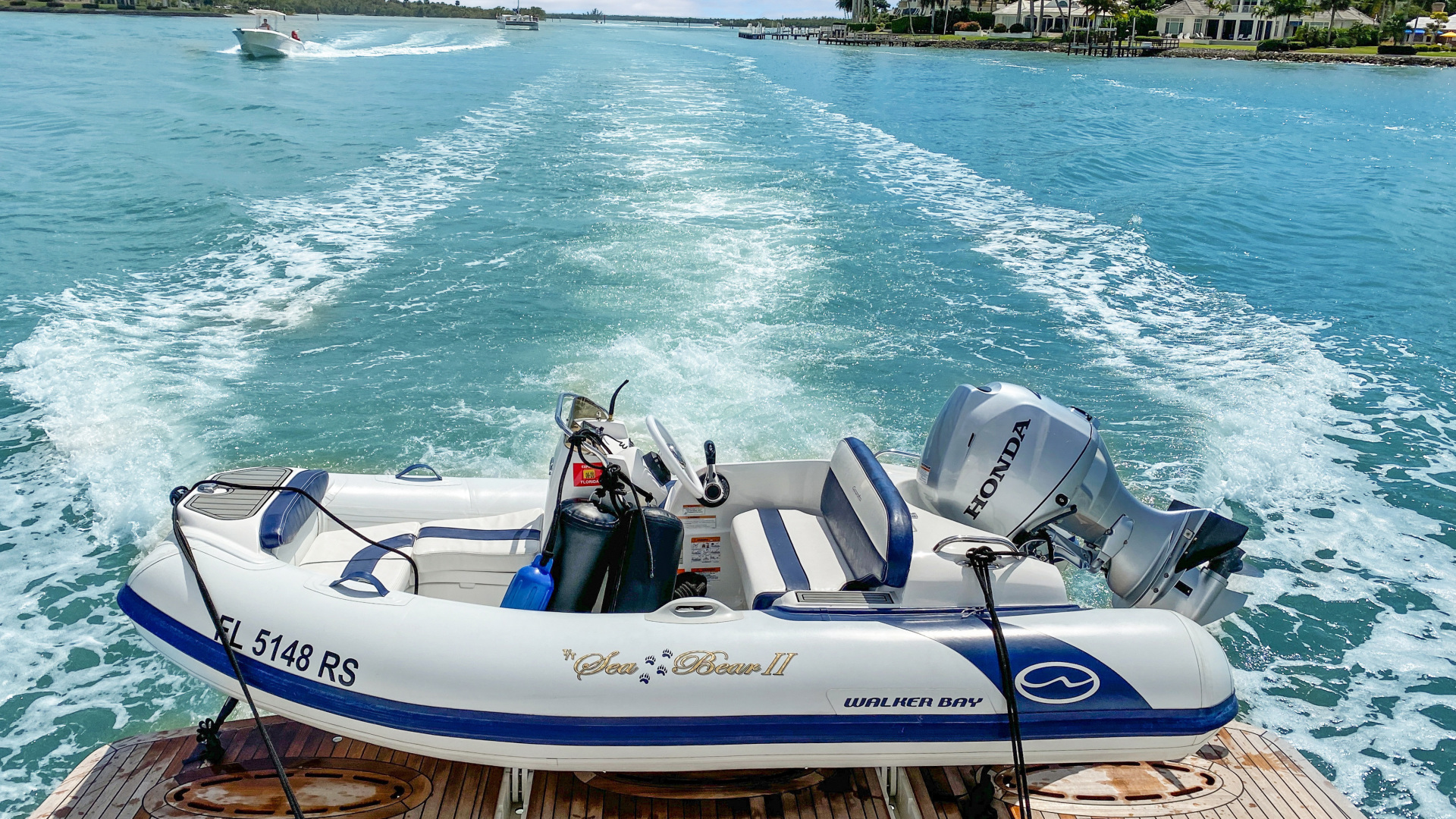 Lazzara-Sky Lounge 2002-Sea Bear Florida-United States-1419764   Thumbnail