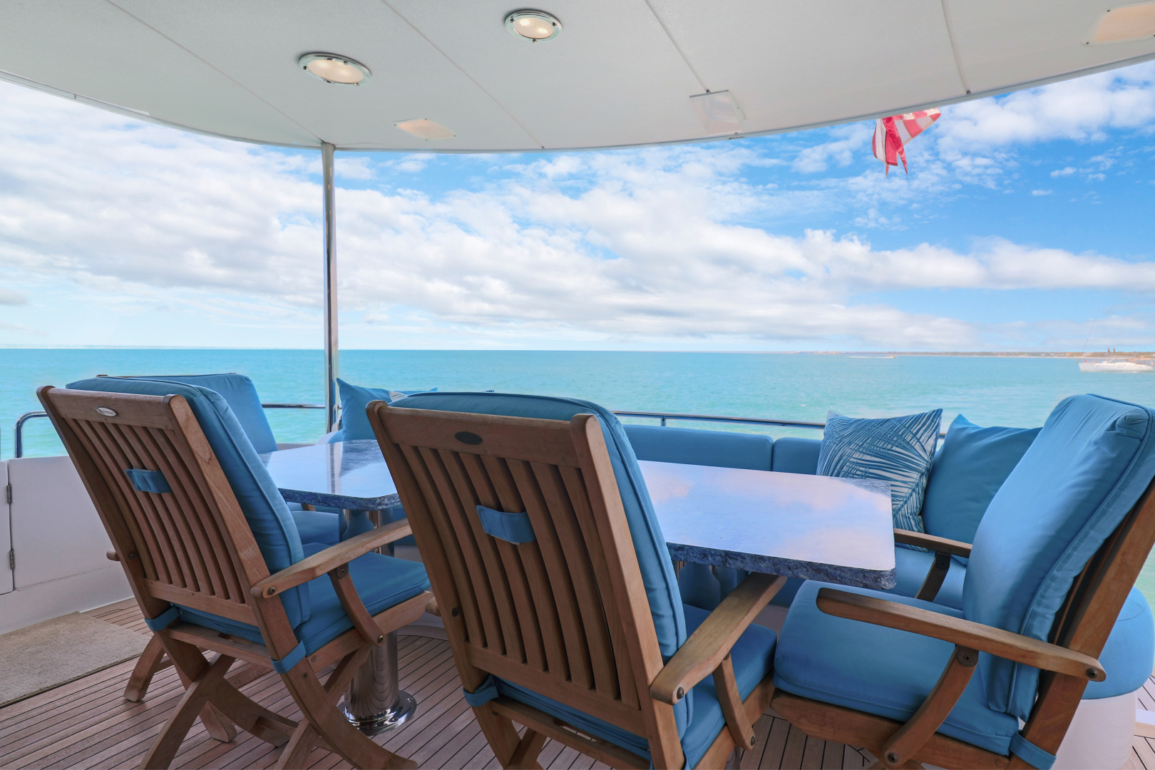 Lazzara-Sky Lounge 2002-Sea Bear Florida-United States-1419716   Thumbnail