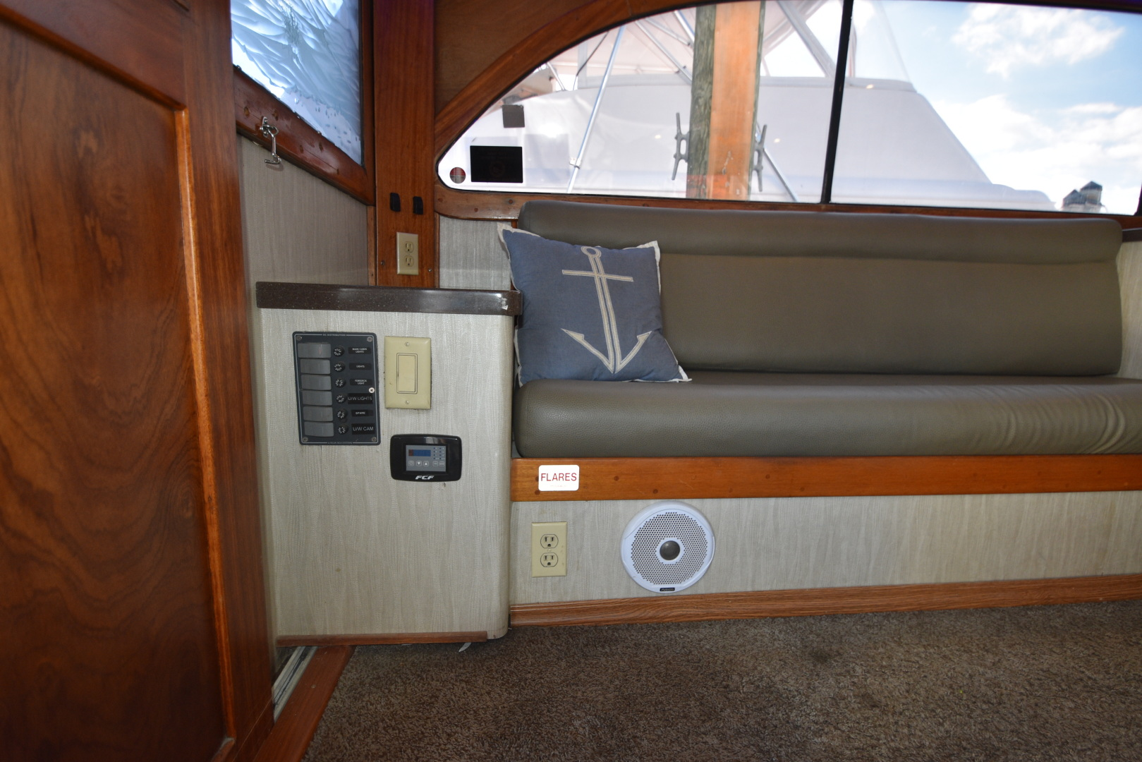 Custom Carolina-48 Sleep Creek Boatworks/Gary Davis 1989-Fin Again VA Beach-Virginia-United States-1421299   Thumbnail