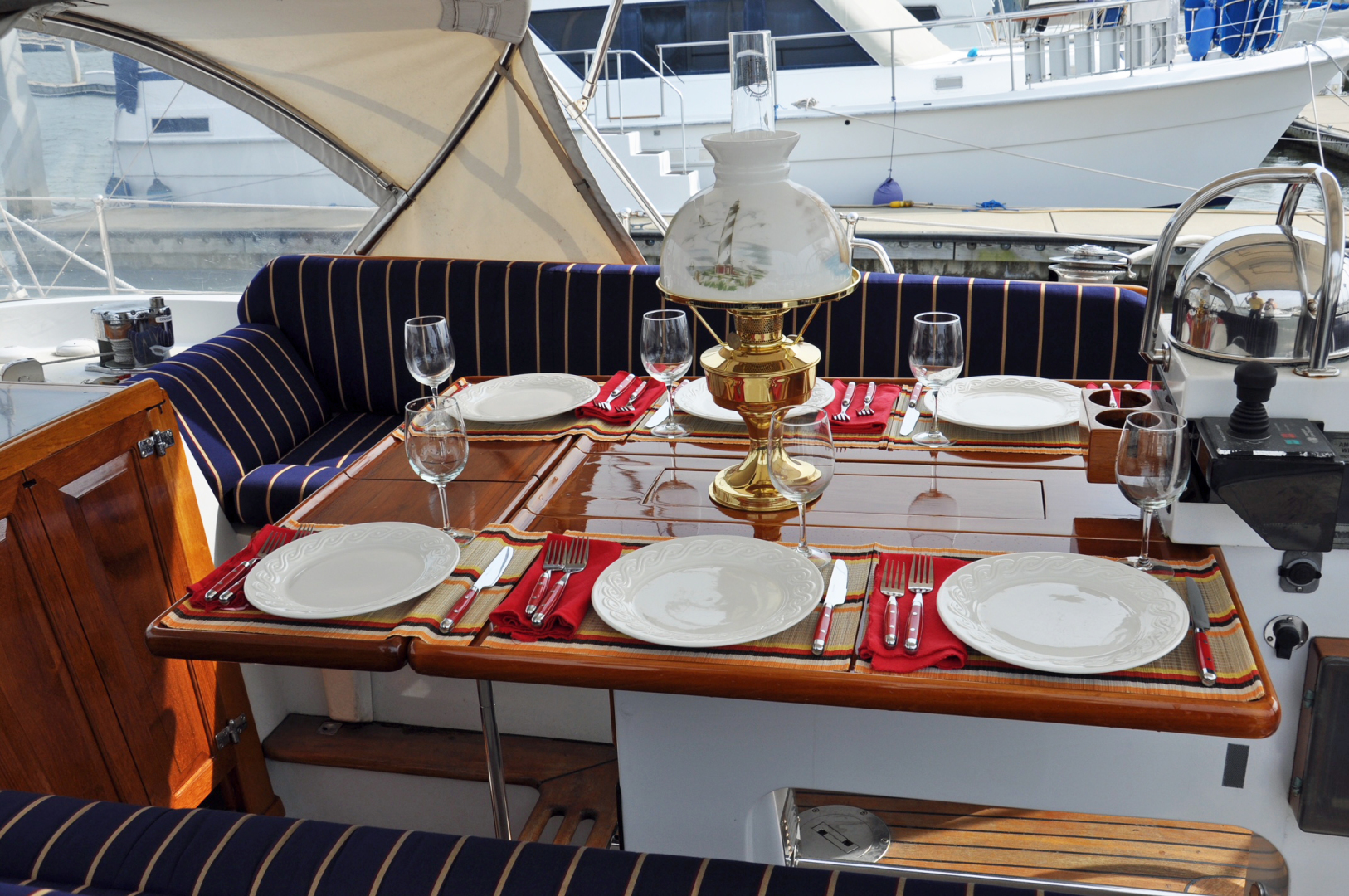 Little Harbor-54 1990-GALADRIEL Norfolk-Virginia-United States-Cockpit Dining-1422829 | Thumbnail