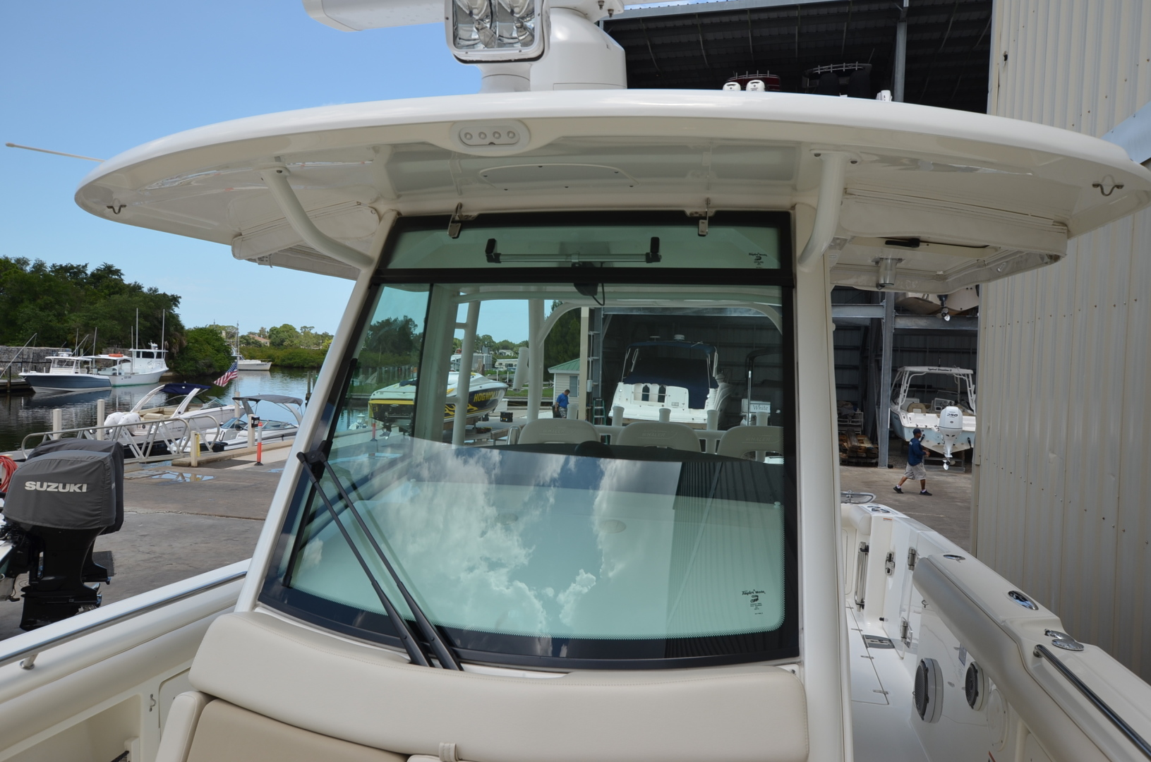 Boston Whaler-350 Outrage 2017-Keepin It Reel Tarpon Springs-Florida-United States-1422730 | Thumbnail