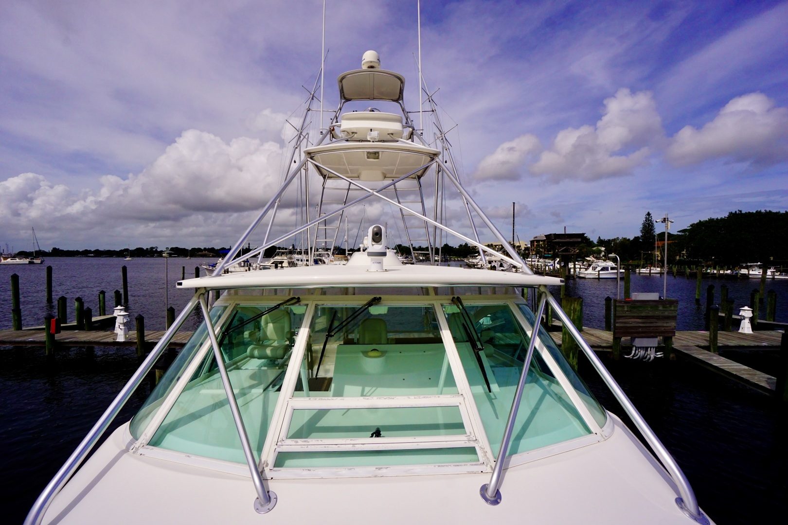 Cabo-52 Express 2007-Blueline Stuart-Florida-United States-Windshield-1507517 | Thumbnail