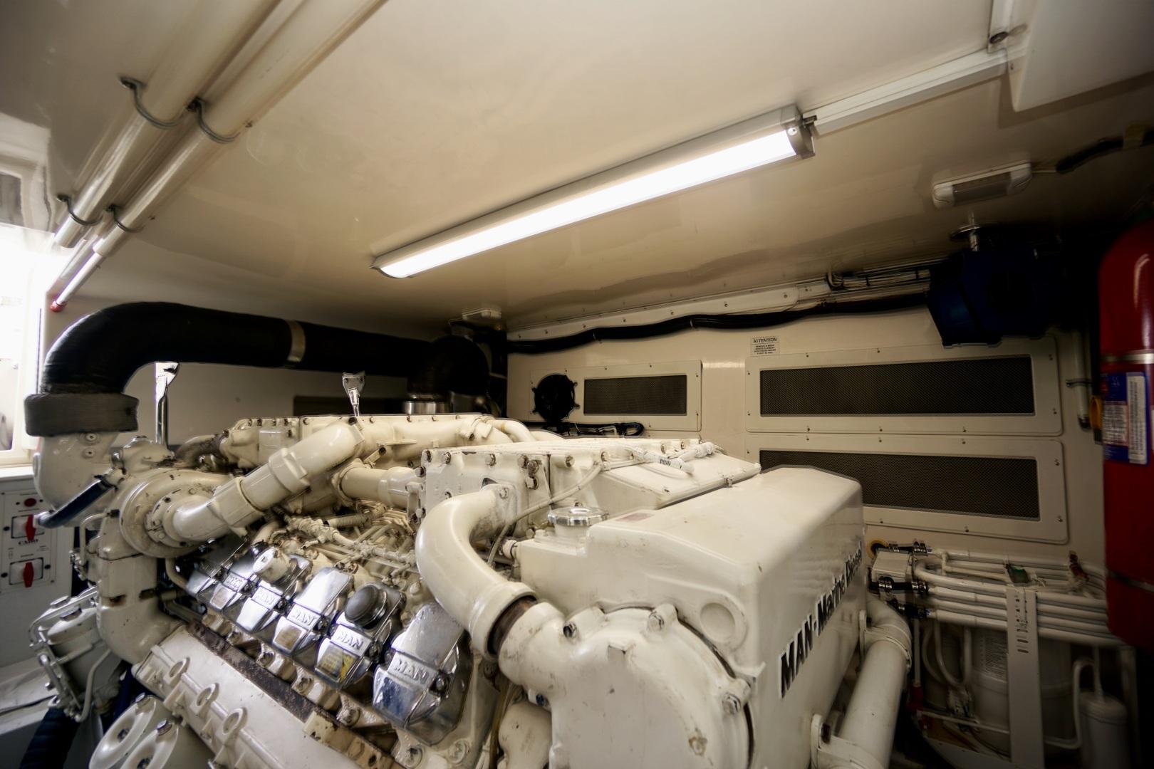 Cabo-52 Express 2007-Blueline Stuart-Florida-United States-Engine Room-1507609 | Thumbnail