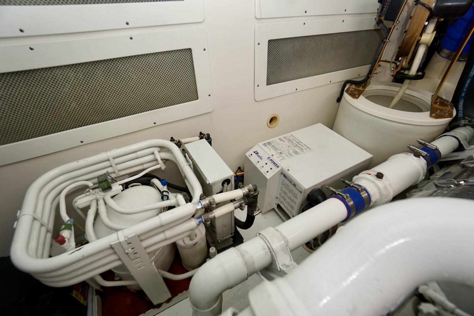 Cabo-52 Express 2007-Blueline Stuart-Florida-United States-Engine Room-1507614 | Thumbnail