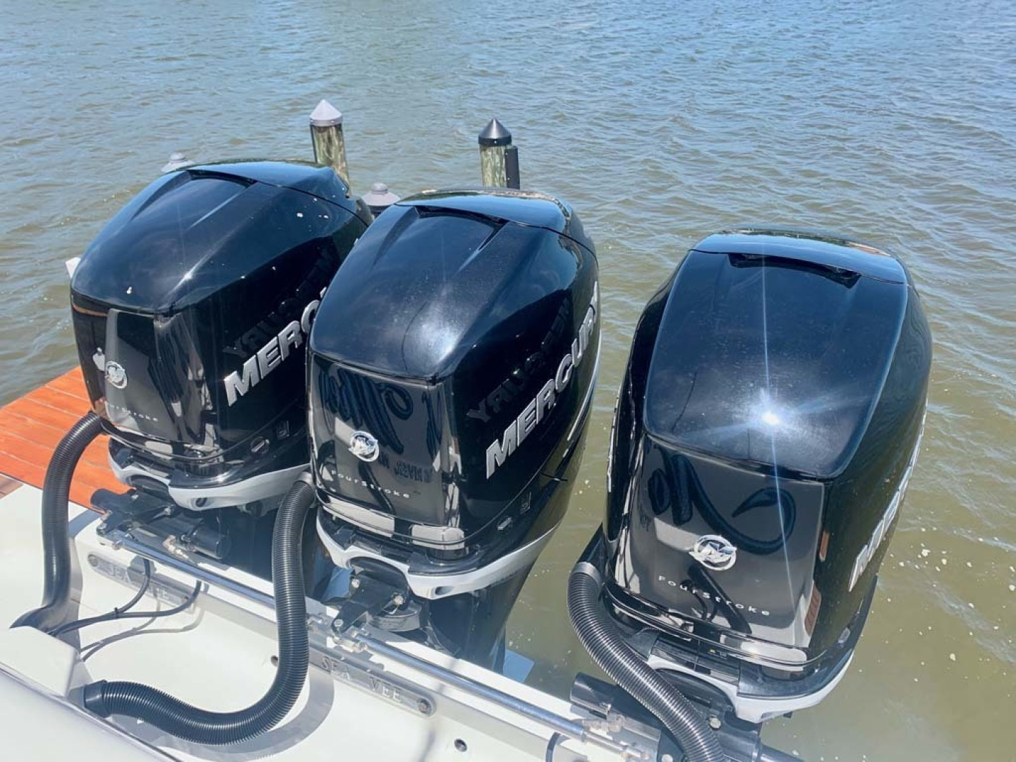 SeaVee-390B Center Console 2019-No Whey Toms River-New Jersey-United States-Triple Engines-1424924 | Thumbnail