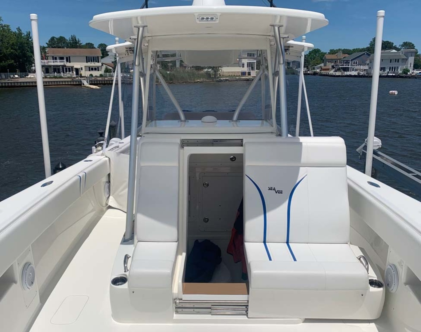 SeaVee-390B Center Console 2019-No Whey Toms River-New Jersey-United States-Console Entry-1424908 | Thumbnail