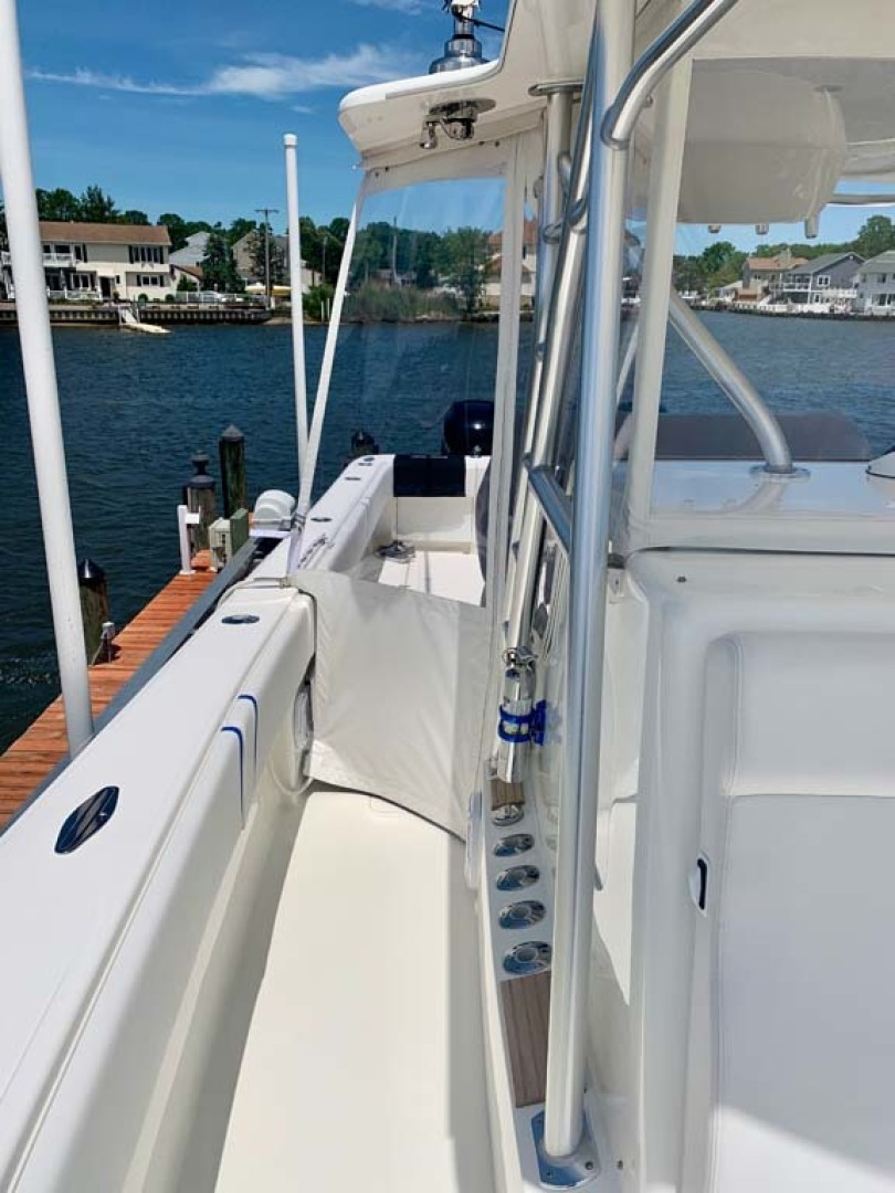 SeaVee-390B Center Console 2019-No Whey Toms River-New Jersey-United States-Starboard Deck-1424910 | Thumbnail