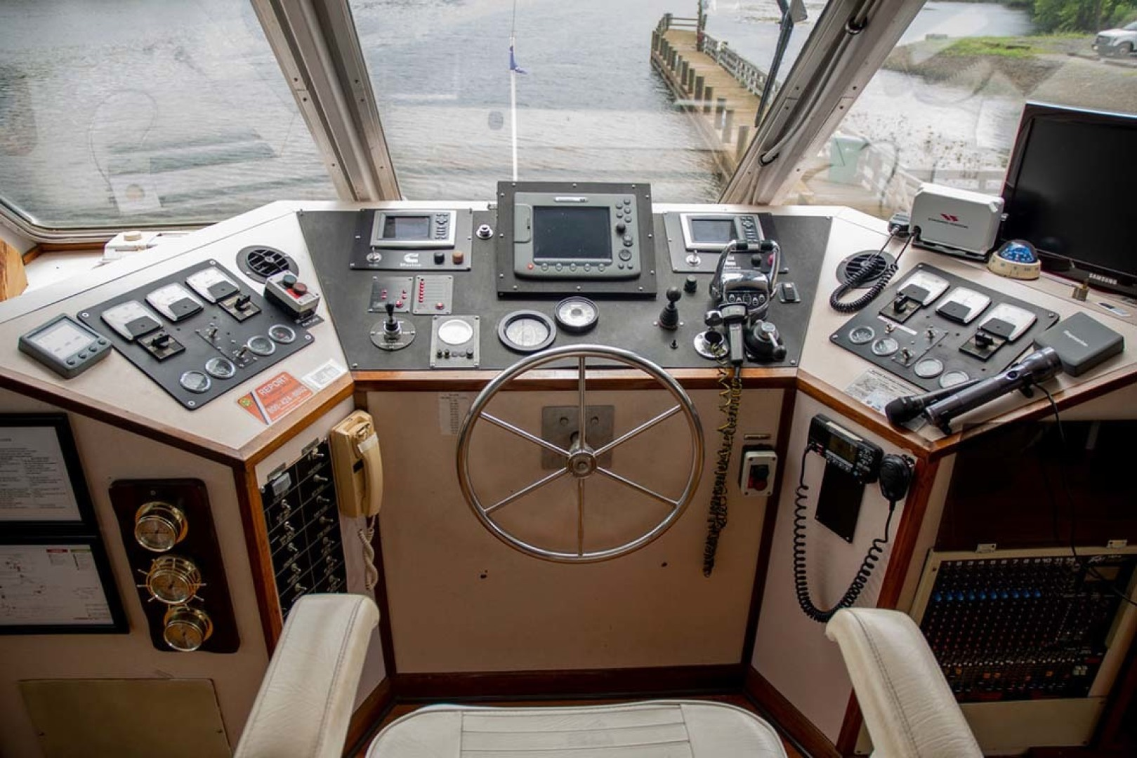 Custom-Freeport 150 Passenger 1993-Island Time Bucksport-South Carolina-United States-1427967 | Thumbnail