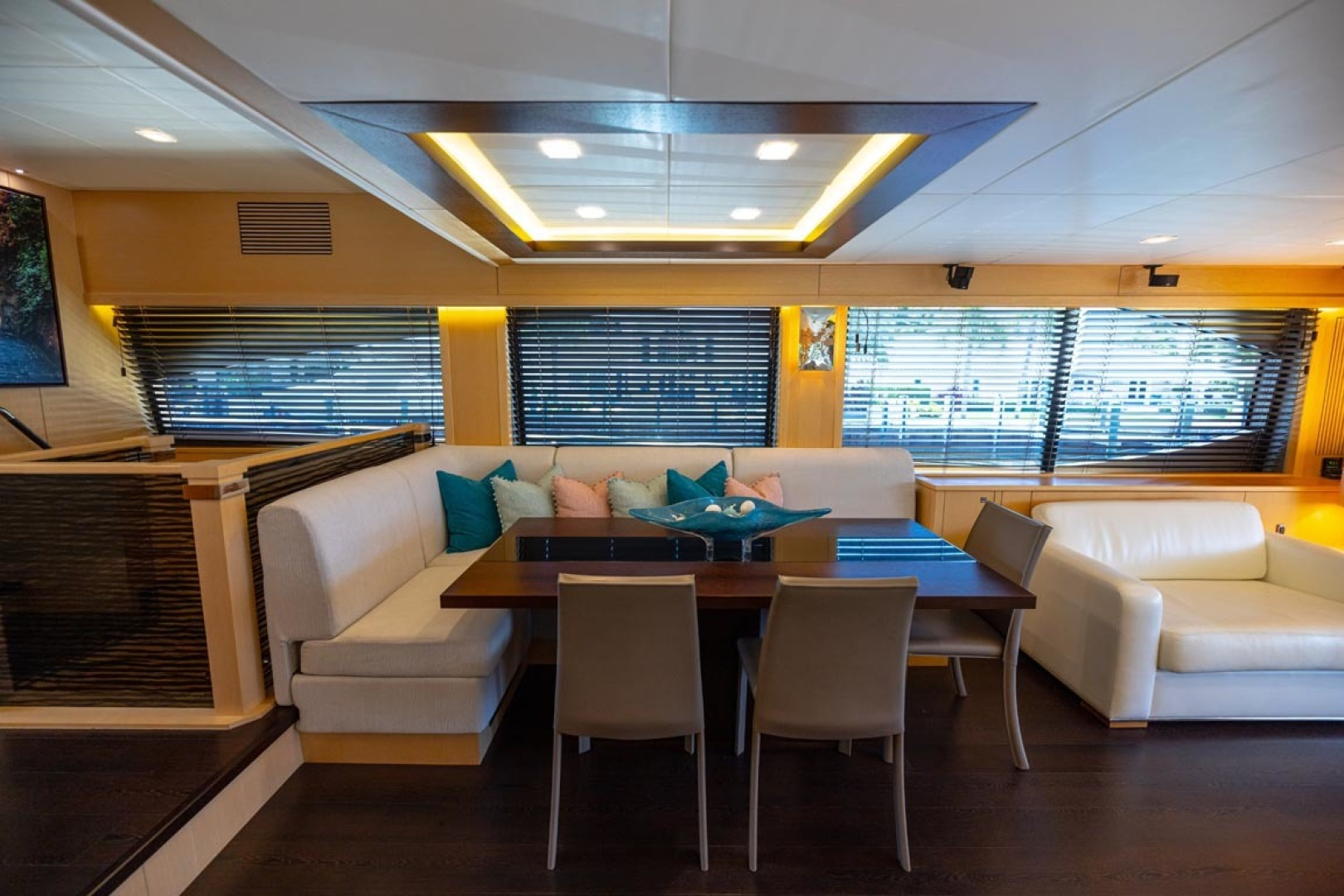Sunseeker-Motor Yacht 2014-Full Circle Fort Lauderdale-Florida-United States-10 Dining Table To Stbd-1430527 | Thumbnail