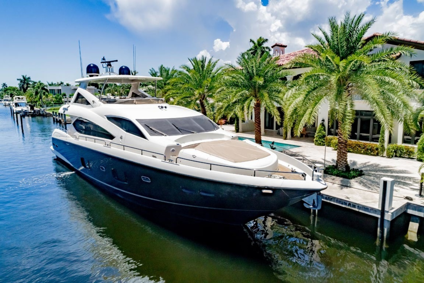 Sunseeker-Motor Yacht 2014-Full Circle Fort Lauderdale-Florida-United States-1a Main Photo-1430518 | Thumbnail