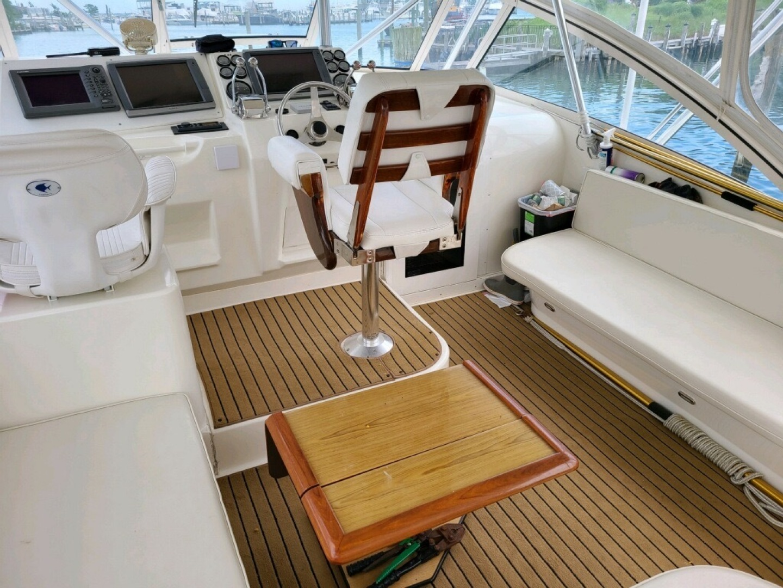 Ocean Yachts-40 Express 2001-Alexa Corinne Long Island-New York-United States-Helm Deck-1430762 | Thumbnail