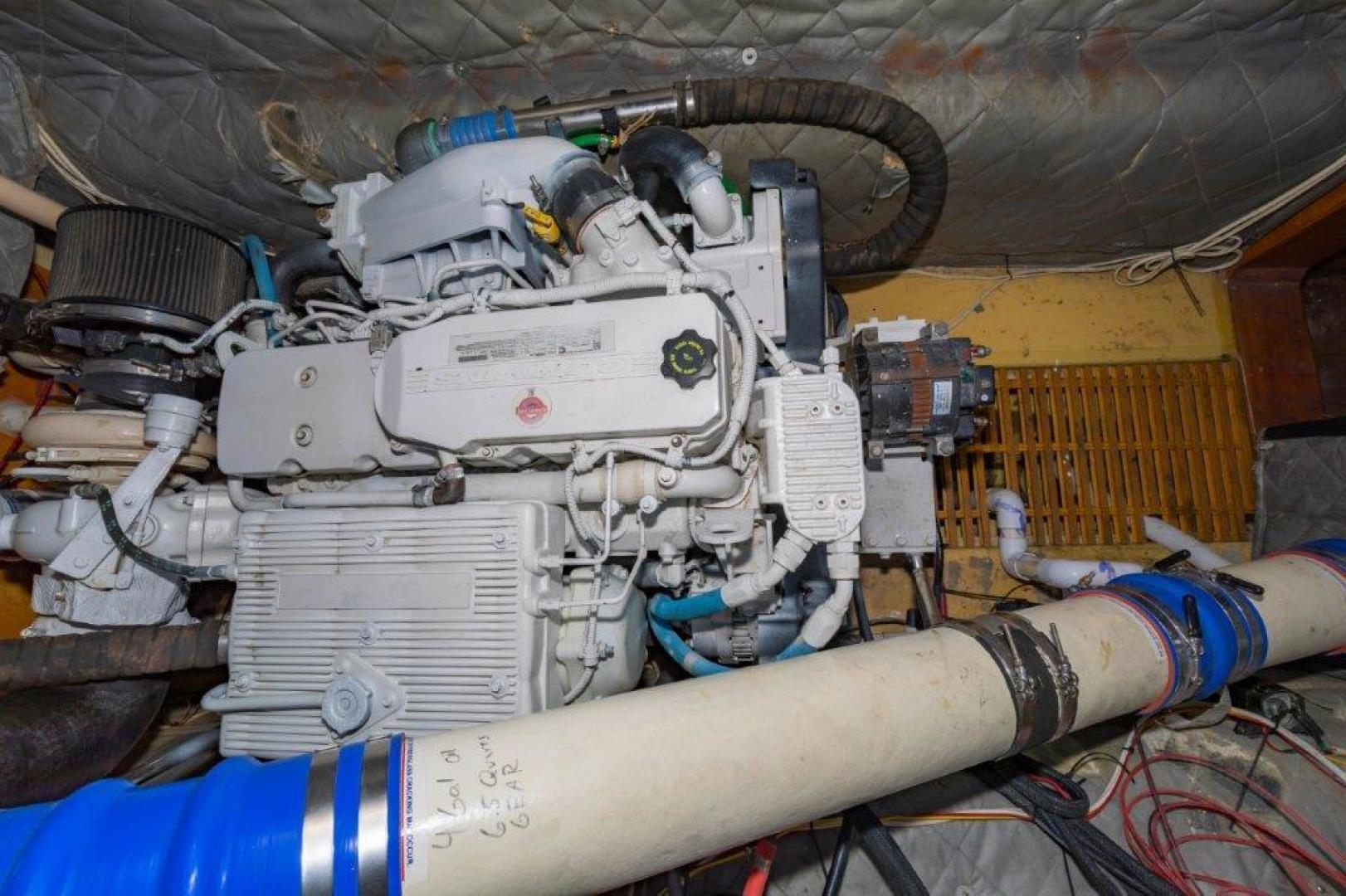 Custom-Cold Molded Cat Craft  1999-MEGALODON Marathon-Florida-United States-Engine-1431394 | Thumbnail