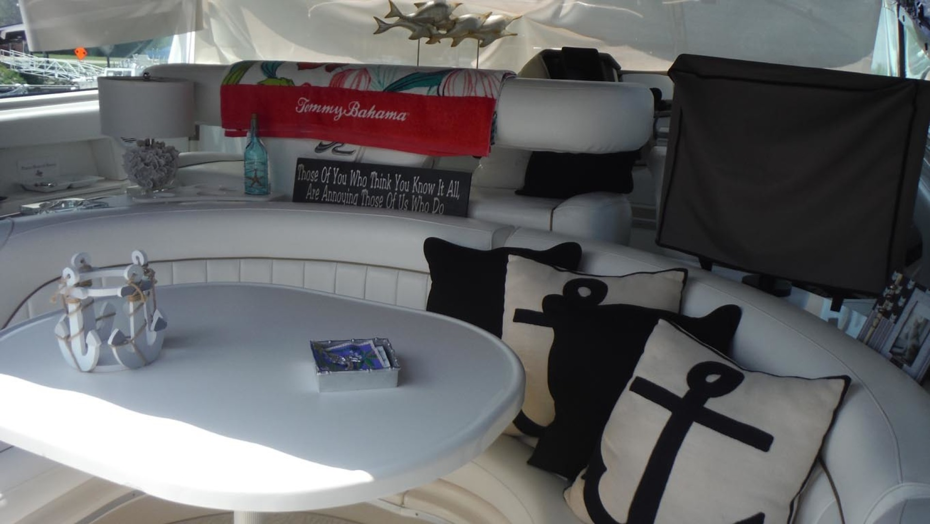 Sea Ray-500 Sundancer 1996-Fifty Shades Red Wing-Minnesota-United States-Cockpit Seating Looking Forward-1435277   Thumbnail