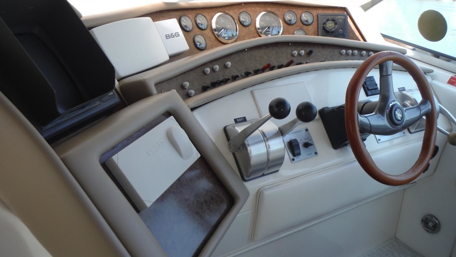 Sea Ray-500 Sundancer 1996-Fifty Shades Red Wing-Minnesota-United States-Helm Dash-1433686   Thumbnail