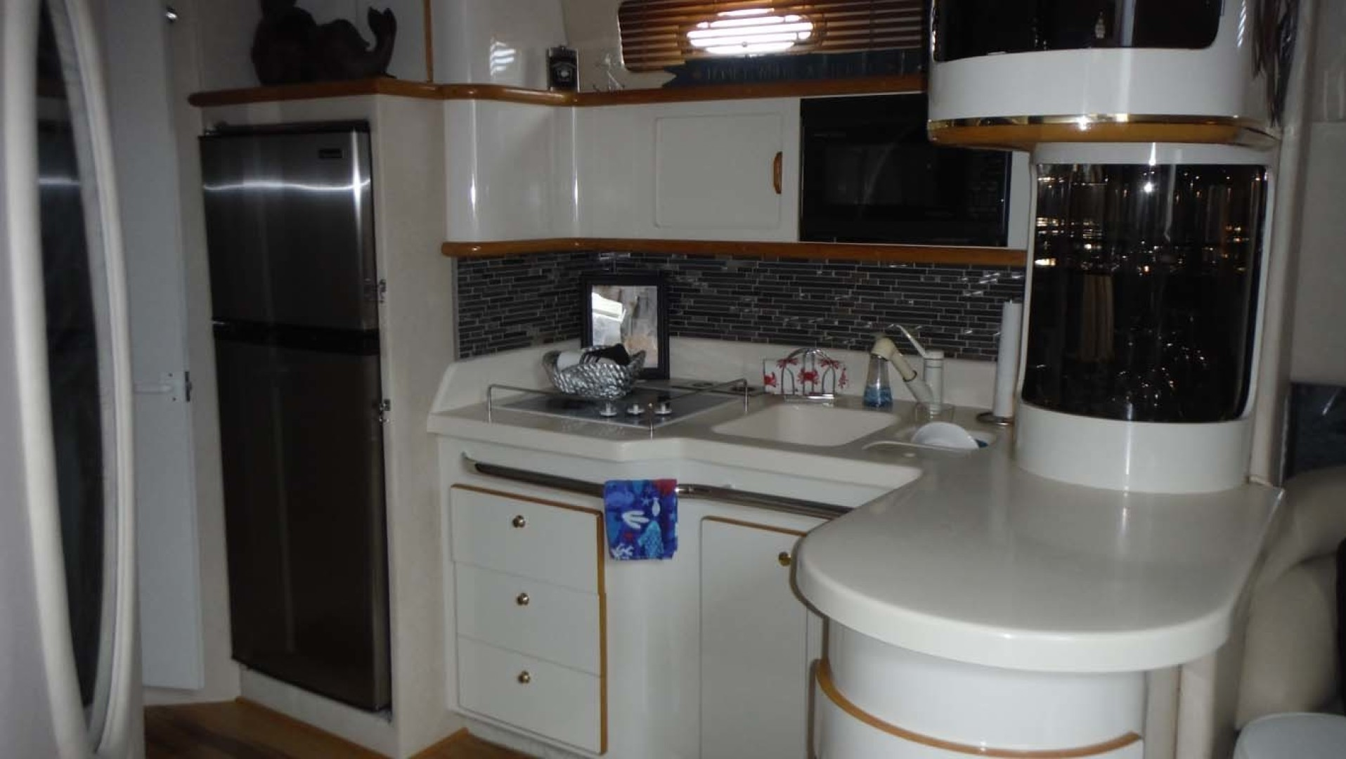 Sea Ray-500 Sundancer 1996-Fifty Shades Red Wing-Minnesota-United States-Galley with Glass Backsplash And SS Fridge-1432953   Thumbnail