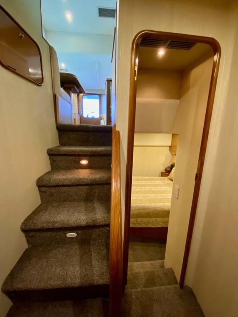 Ocean Yachts-SS 2005-Whiskey & Wine Stuart-Florida-United States-Companionway-1434561 | Thumbnail