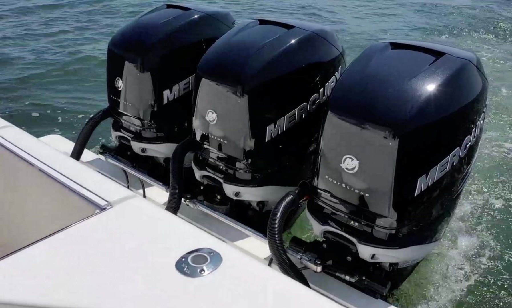 SeaVee-390 B 2019 -Cape May-New Jersey-United States-Triple Outboards-1438393 | Thumbnail